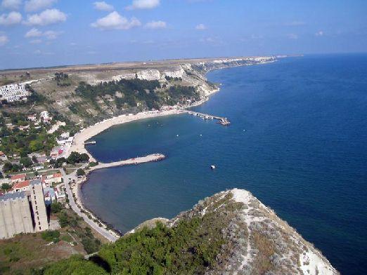 Чёрное море омывает восточную часть Болгарии