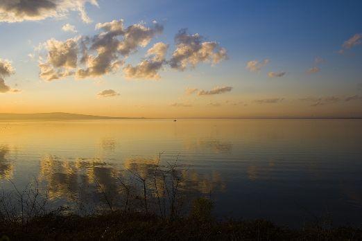 "Живописное озеро ""Бургас"""