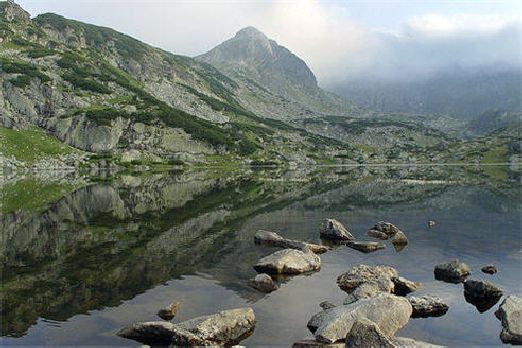 """Горы """"Рила"""" лежат на юго-западе Болгарии"""