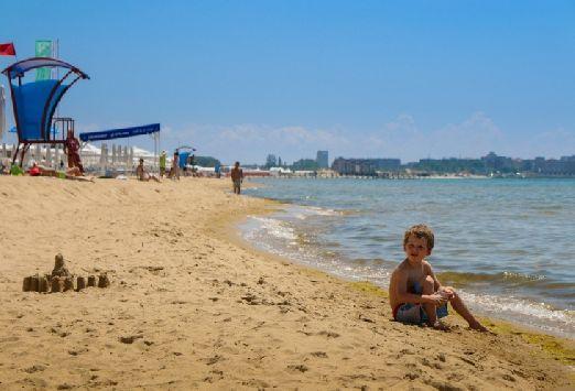 Мелкий песочек любят не только дети, но и взрослые