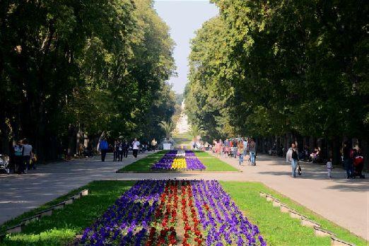 Приморский парк Морска градина - отличное место для прогулок в Варне