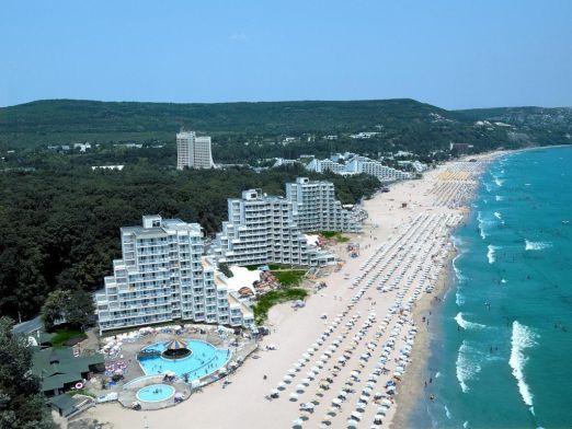 В Албене самые широкие пляжи среди всех курортов Болгарии