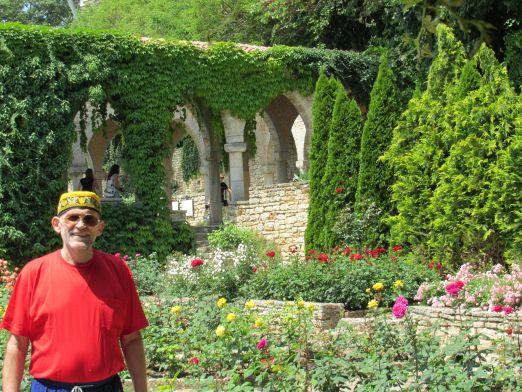 Из Кранево удобно выезжать на экскурсии, будь то Варна, Золотые Пески или Бальчик, где находится великолепный Ботанический сад