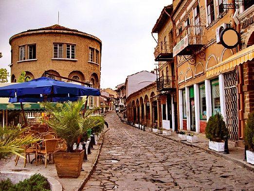 Почему бы не съездить в древнюю столицу Болгарии -  Велико-Тырново..