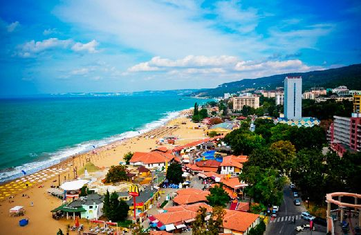 Золотые Пески - один из самых популярных и 'густозаселенных'  курорт черноморского побережья Болгарии находится между Каварной и Варной