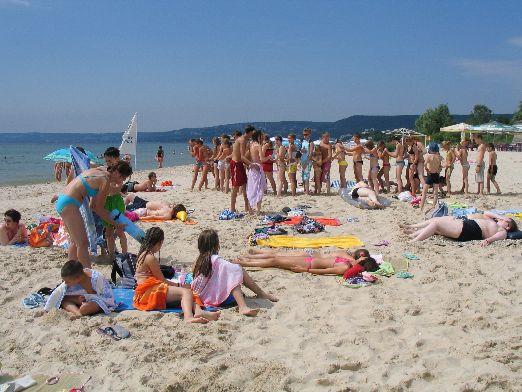 Пляж в Золотых Песках отмечен Голубым флагом, что не удивительно - экология здесь считается одной из 'фишкой' куррта